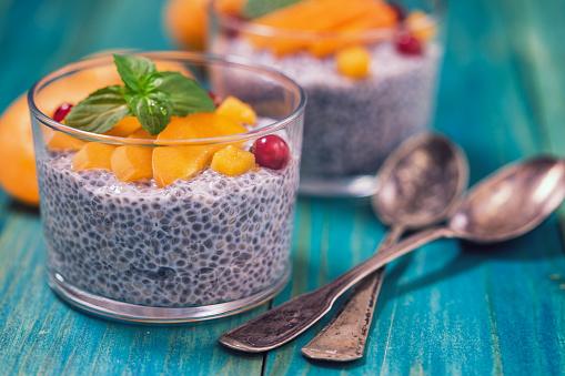 Chia Seed「Chia Seed Pudding With Fresh Apicots」:スマホ壁紙(17)