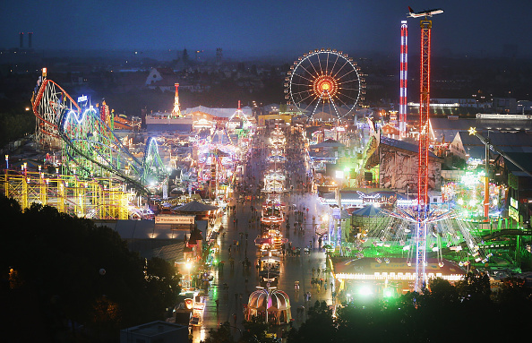 High Angle View「Opening Day - Oktoberfest 2016」:写真・画像(14)[壁紙.com]