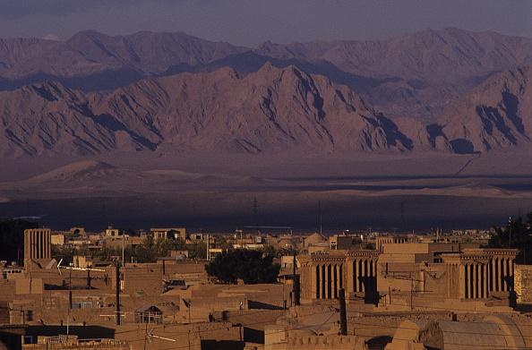 Yazd「Yazd Skyline」:写真・画像(3)[壁紙.com]