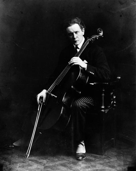 Musical instrument「Rubinstein At Cello」:写真・画像(10)[壁紙.com]