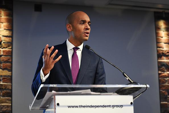 上半身「Labour MPs Hold Press Conference Amid Rumours Of A Split」:写真・画像(10)[壁紙.com]