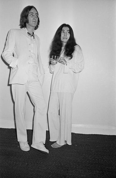 White Pants「John's Joke Art」:写真・画像(10)[壁紙.com]