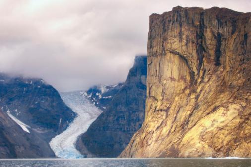 Baffin Island「Ummiguqjuaq rock face and glacier」:スマホ壁紙(3)