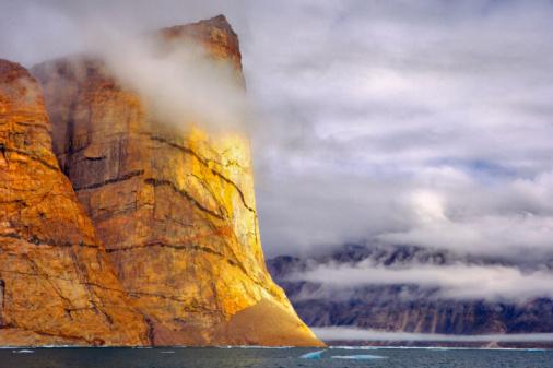Baffin Island「Ummiguqjuaq rock face, Clyde Inlet, Baffin Island, Nunavut, Canada」:スマホ壁紙(8)