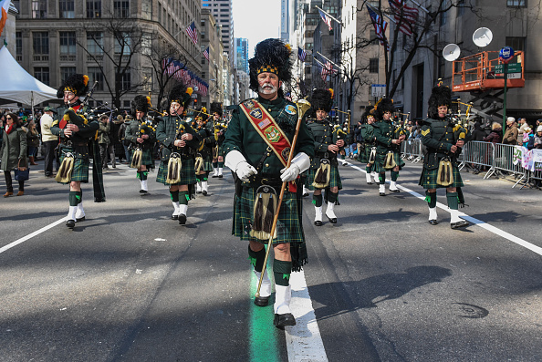 Day「Annual St. Patrick's Day Parade Marches Down New York's Fifth Avenue」:写真・画像(9)[壁紙.com]