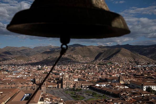Bell「Daily Life in Cusco」:写真・画像(4)[壁紙.com]
