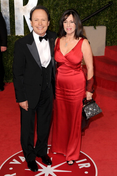 Billy Crystal「2011 Vanity Fair Oscar Party Hosted By Graydon Carter - Arrivals」:写真・画像(18)[壁紙.com]