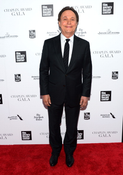 Billy Crystal「41st Annual Chaplin Award Gala - Arrivals」:写真・画像(10)[壁紙.com]