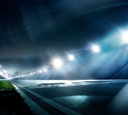 Sports Track「Night Race Track Straight」:スマホ壁紙(15)