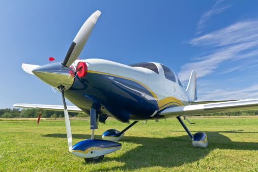 Fuselage「Small Single Engine Propeller Airplane」:スマホ壁紙(13)