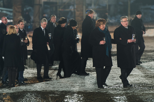 Ian Gavan「Commemorations Are Held For The 70th Anniversary Of The Liberation Of Auschwitz」:写真・画像(5)[壁紙.com]