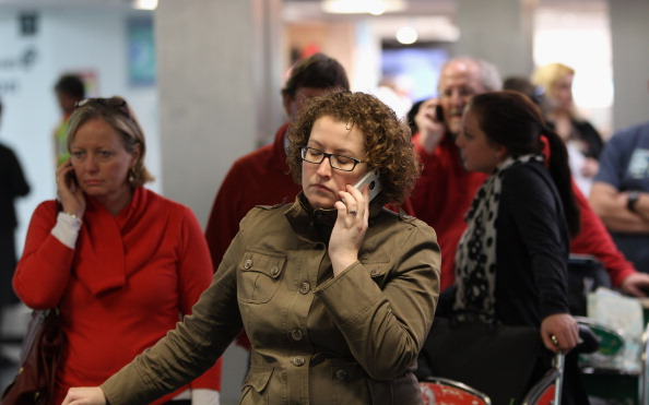 Emotional Stress「Flights To NZ Remain Grounded Due To Volcanic Ash Cloud」:写真・画像(12)[壁紙.com]