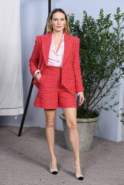 Red Shorts「Chanel - Photocall - Paris Fashion Week - Haute Couture Spring Summer 2020」:写真・画像(2)[壁紙.com]