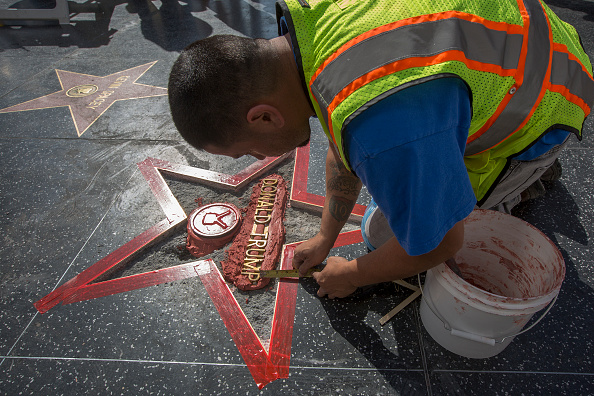 Hollywood - California「Donald Trump's Star On The Hollywood Walk Of Fame Defaced」:写真・画像(15)[壁紙.com]