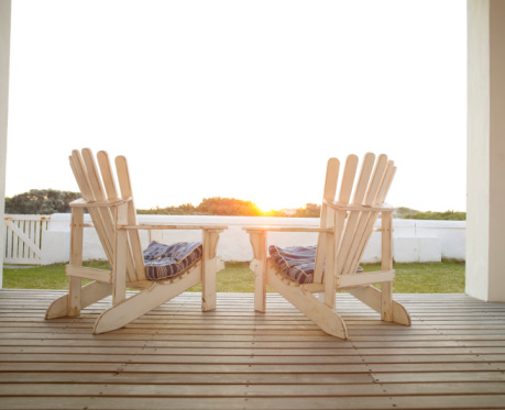 Porch「Two deckchairs side by side on veranda, rear view」:スマホ壁紙(10)