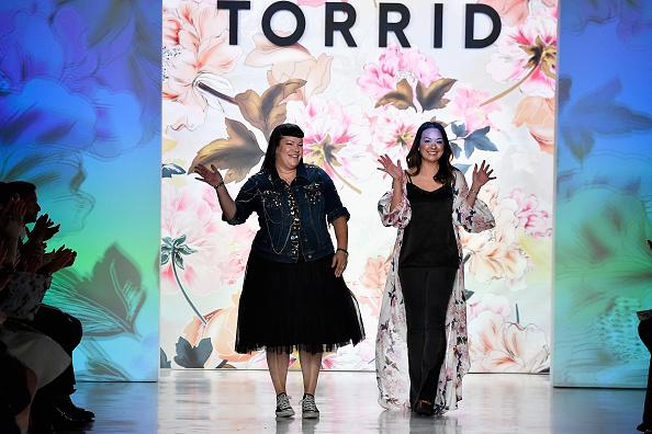 ニューヨークファッションウィーク「Torrid - Runway - September 2017 - New York Fashion Week: The Shows」:写真・画像(1)[壁紙.com]