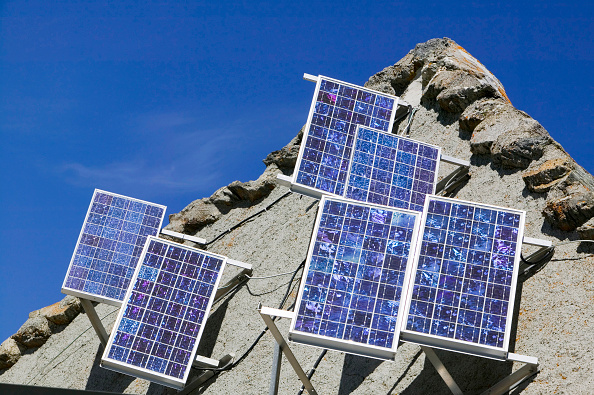 Chamonix「Photo electric cells for generating electricty from sunlight on a mountain hut above Chamonix France」:写真・画像(16)[壁紙.com]