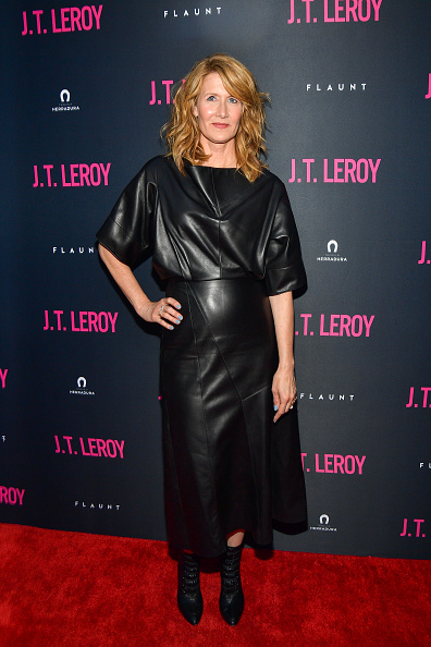 """Black Shoe「LA Premiere Of Universal Pictures' """"J.T. Leroy"""" - Arrivals」:写真・画像(4)[壁紙.com]"""