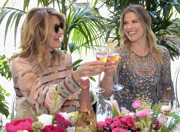 母の日「Perrier-Jouet Toasts Mother's Day in Celebration at Georgie at Montage Beverly Hills」:写真・画像(1)[壁紙.com]