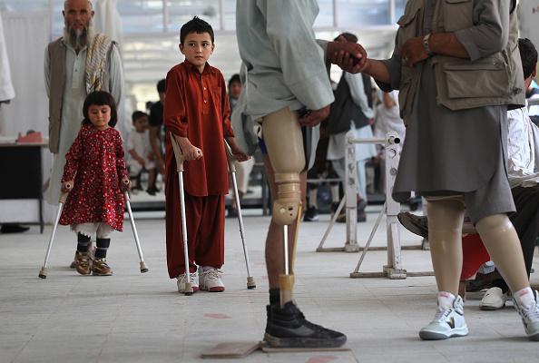 Kabul「ICRC Orthopedic Center Treats Afghan War Amputees And Civilians」:写真・画像(16)[壁紙.com]
