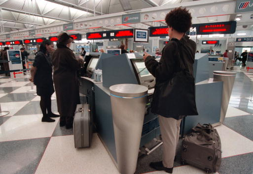 Airport Terminal「O''Hare Introduces Computer Self Check-in」:写真・画像(19)[壁紙.com]