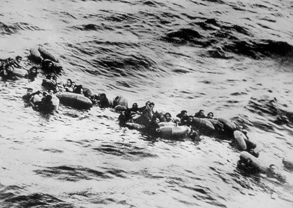 Perching「U Boat Survivors」:写真・画像(3)[壁紙.com]