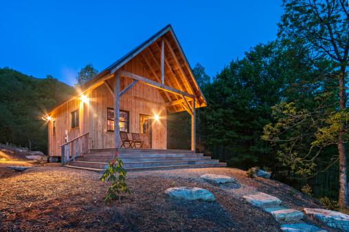 Great Smoky Mountains National Park「Luminous Cabin at daybreak」:スマホ壁紙(17)