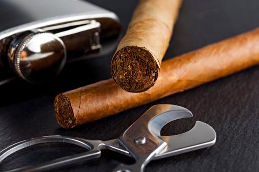 Drinking「Cuban cigars」:スマホ壁紙(17)