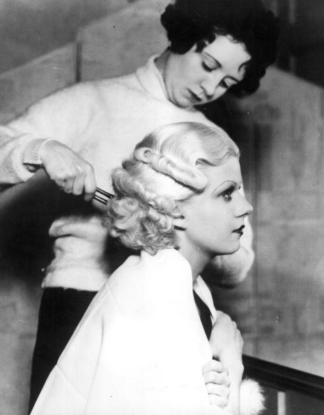 Profile View「Jean Harlow」:写真・画像(2)[壁紙.com]