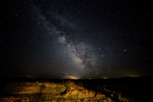 星空「Dramatic Galactic Skies over South Dakota」:スマホ壁紙(8)