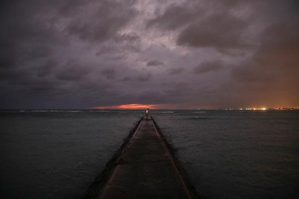 オアフ島「Hurricane Lane Brings Rain And High Winds To Hawaii's Oahu Island」:写真・画像(19)[壁紙.com]