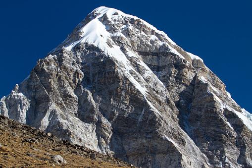 Khumbu「Mount Pumori in Nepal Himalayas」:スマホ壁紙(10)