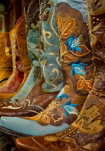 Embroidery「Cowgirl Boots For Sale」:スマホ壁紙(13)