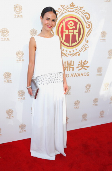 Sleeveless Top「Hollywood Celebrities Honored At Huading Film Awards」:写真・画像(16)[壁紙.com]