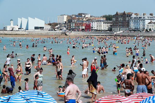 Weather「Met Office Issue Weather Warning As Temperatures Soar Across The UK」:写真・画像(11)[壁紙.com]