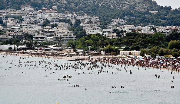 Greece「Greece Re-Opens Organised Beaches」:写真・画像(17)[壁紙.com]
