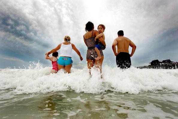 Naples - Florida「South Florida Prepares for Hurricane Wilma」:写真・画像(10)[壁紙.com]