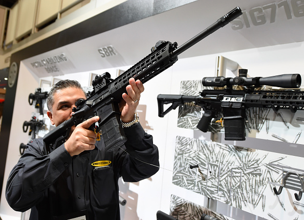 Gun Control「National Shooting Sports Foundation Hosts Annual Trade Show In Las Vegas」:写真・画像(10)[壁紙.com]