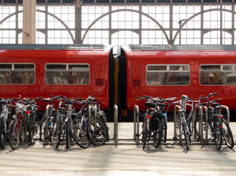Rack「Bikes & Trains」:スマホ壁紙(18)