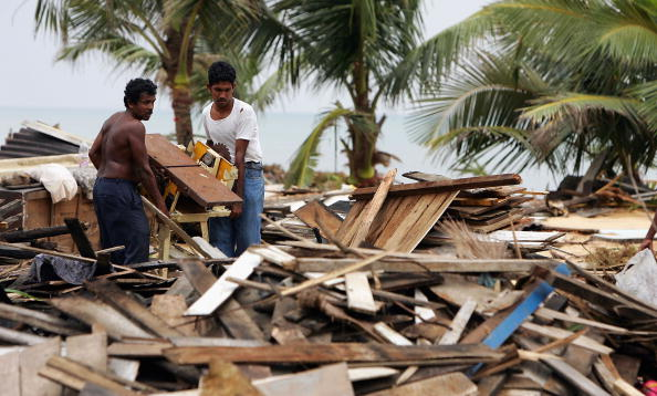 Sri Lanka「The Clear Up Operation Continues In The Devasted Area Of Sri Lanka」:写真・画像(14)[壁紙.com]