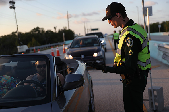 Customs「Florida Add Checkpoint For Access To Florida Keys」:写真・画像(10)[壁紙.com]