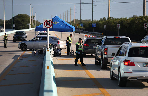 Customs「Florida Add Checkpoint For Access To Florida Keys」:写真・画像(5)[壁紙.com]