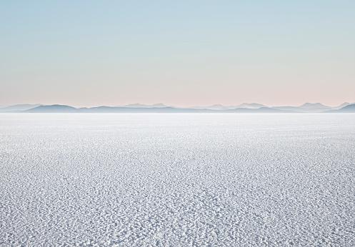 Mystery「Empty Salt Flats」:スマホ壁紙(5)