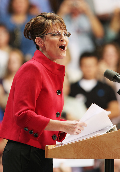 Emergency Economic Stabilization Act「McCain And Palin Campaign In Ohio」:写真・画像(14)[壁紙.com]