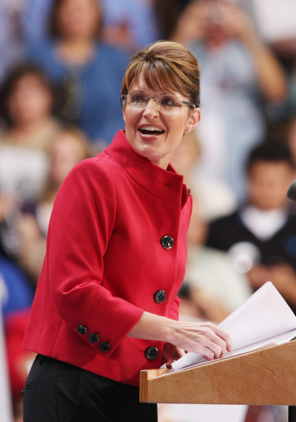 Emergency Economic Stabilization Act「McCain And Palin Campaign In Ohio」:写真・画像(15)[壁紙.com]