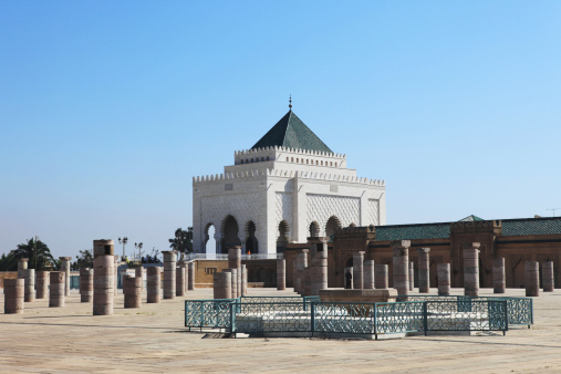 Fretwork「Fountain and columns by the Mausoleum of Mohammed V. Morocco.」:スマホ壁紙(4)