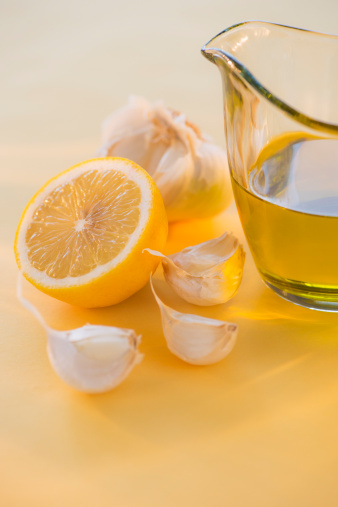 Garlic Clove「Lemon, garlic and jar of honey」:スマホ壁紙(15)