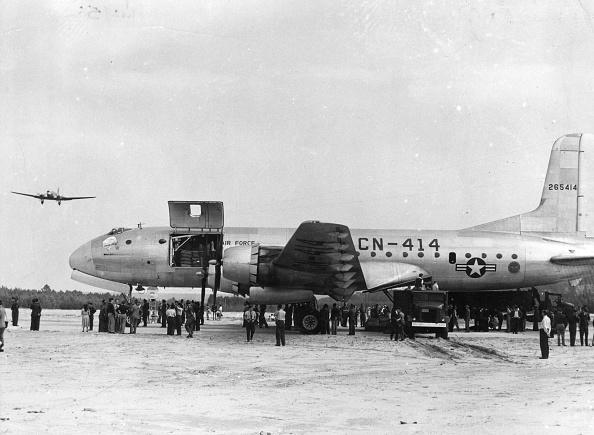 Airfield「Beating The Blockade」:写真・画像(18)[壁紙.com]