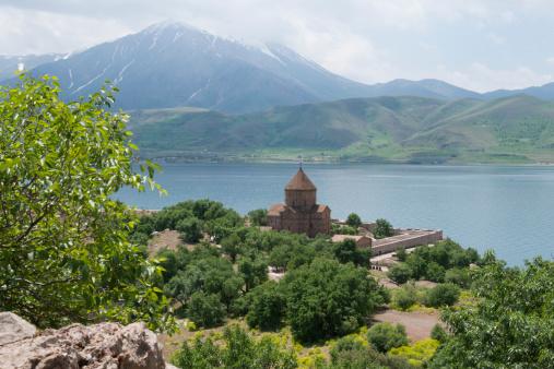 アクダマル島「Akdamar church. Lake Van. Turkey.」:スマホ壁紙(9)