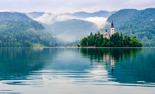 Slovenia「Lake Bled with Santa Maria Church」:スマホ壁紙(4)